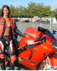 Motorcycle-Babe-2000-Kawasaki-ZX-12R-67383