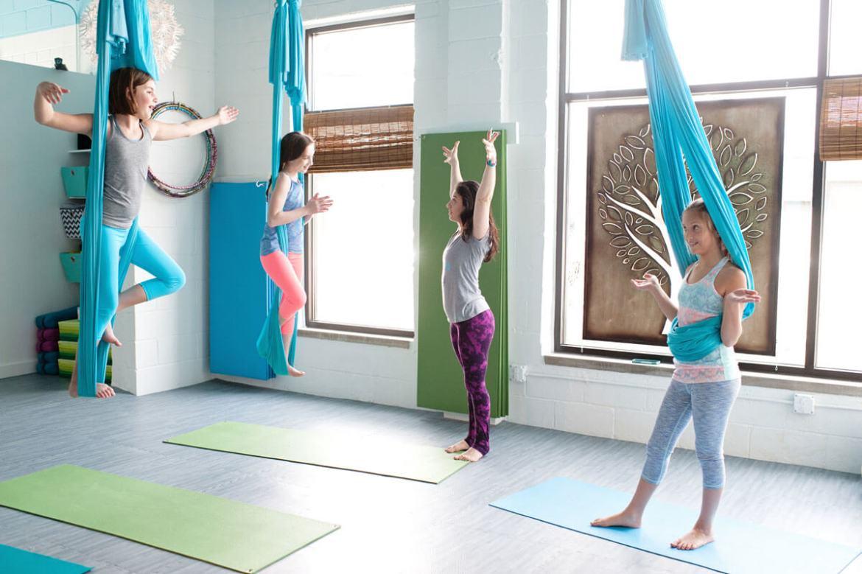 aerial-yoga-kids-class