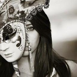 hiding_behind_mask