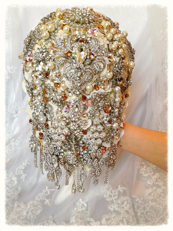 Natalie Klestov - Brooch Bouquet