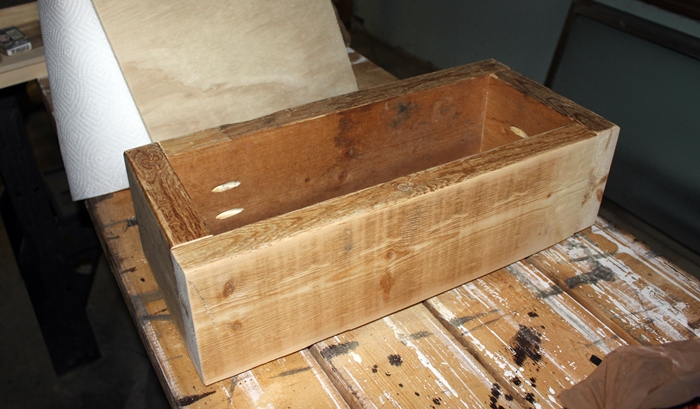 wooden-box-centerpiece1