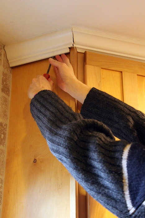prying off crown molding