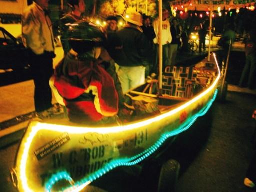 boy-in-boat_12-31-05