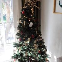 Christmas Cheer in the Blogoshphere: O Christmas Tree