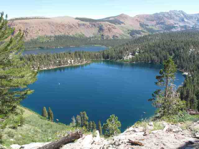 lake george in the mammoth lakes basin