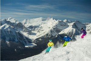 "Six ""Don't Miss"" Canadian Ski Resorts"