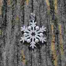 jewelry-pendant-freshwater-pearl-snowflake