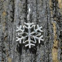 jewelry-pendant-snowflake