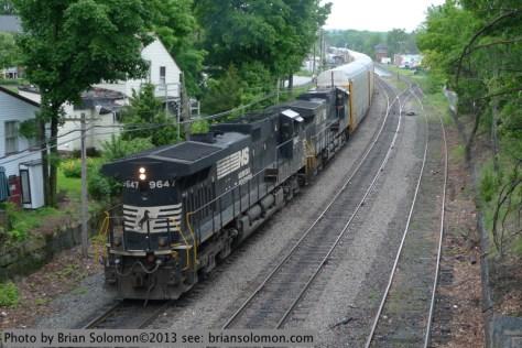 NS GE diesels in Ayer, Mass.