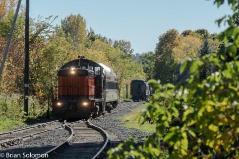 Berkshire Scenic train departing Renfrew. FujiFilm X-T1 photo.