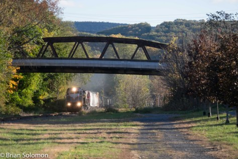 Working westward, D-L PT97 charges below a road bridge at East Shroudsburg, Pennsylvania. This is the only regular move on this section of the old Lackawanna mainline. It made an impressive show!