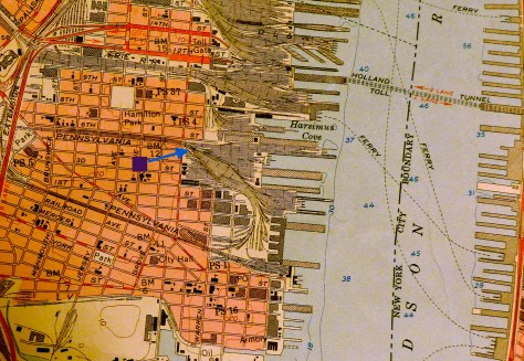 This USGS topo map shows the way Jersey City would have been c1950. I've placed a blue arrow to show my photo location. (Manhattan Island is located at the far right).
