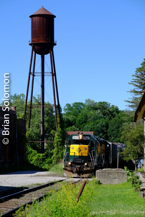 Telephoto view of Housatonic Railroad's northward freight NX-12 at Housatonic. Exposed with a FujiFilm X-T1 digital camera.