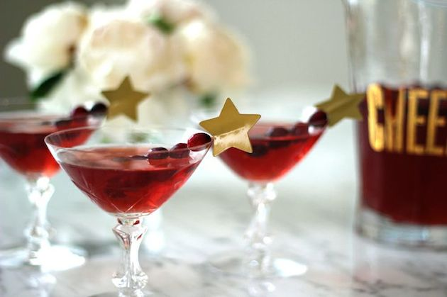 Cute Cocktails | Wedding Ideas | Bridal Musings Wedding Blog 9