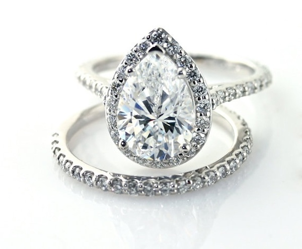 20 BEAUTIFUL ENGAGEMENT RINGS THAT ARE NOT MADE FROM DIAMONDS crazyforus