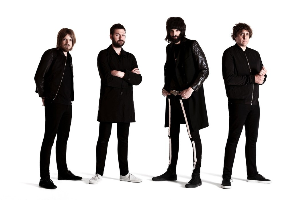 http://i1.wp.com/britnoise.net/wp-content/uploads/2016/09/KASABIAN-New-Approved-Photo.jpg?fit=1050%2C699