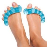YogaToes :: A vacation for your feet