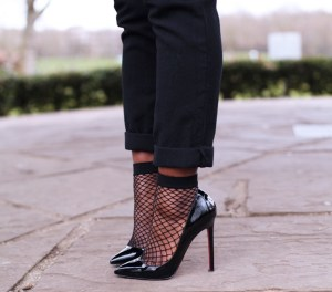 fish-nets-as-socks