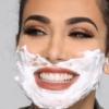 huda-kattan-shaves-face
