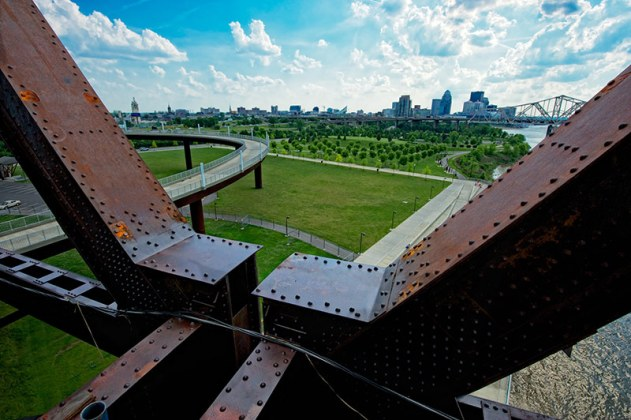 Detail of Big Four Bridge over Waterfront Park. (Bill Griffin/Courtesy Waterfront Development Corporation)