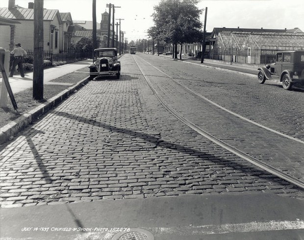 Trolley tracks on a cobblestone Burnett Avenue. (Courtesy UL Photographic Archives)
