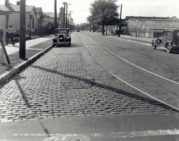 Trolley tracks on a cobblestone Burnett Avenue. (Courtesy UL Photographic Archives)