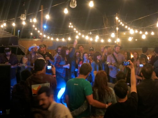 superjam singalong w/ The Austin Steamers