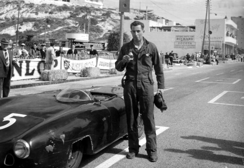 Robert Lacaze durante corrida de turismo