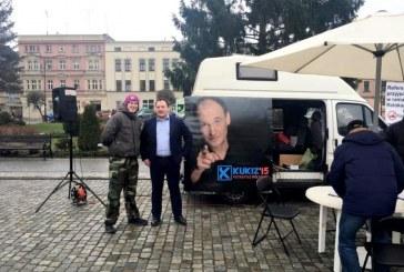 Bus referendalny przyjedzie do Brzegu. Będą zbierać podpisy w sprawie imigrantów