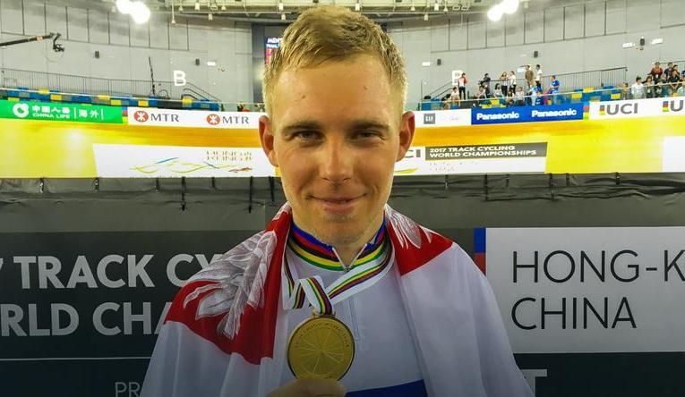 Adrian Tekliński mistrzem świata_brzeg24