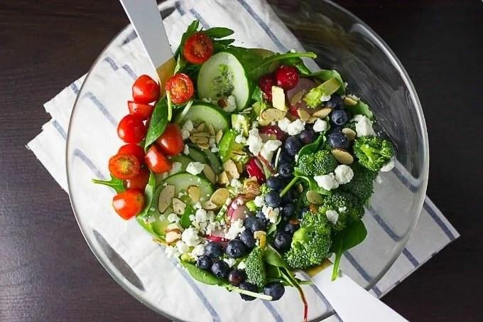 detox-salad-7-16-feat