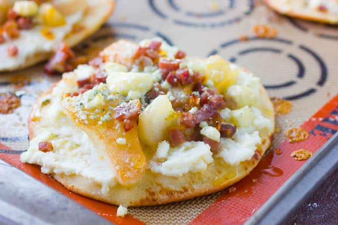 Pear and Prosciutto Flatbread Pizzas