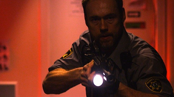 Dark-Was-the-Night-Kevin-Durand