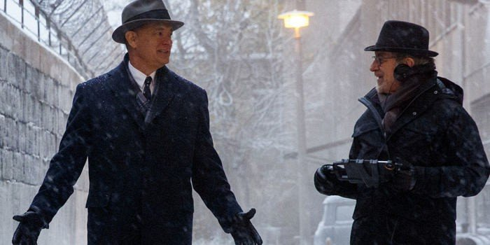 Tom-Hanks-and-Steven-Spielberg-filming-Bridge-of-Spies