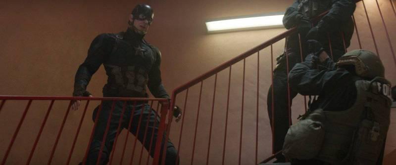 Marvel's Captain America: Civil War..Captain America/Steve Rogers (Chris Evans)..Photo Credit: Film Frame..© Marvel 2016