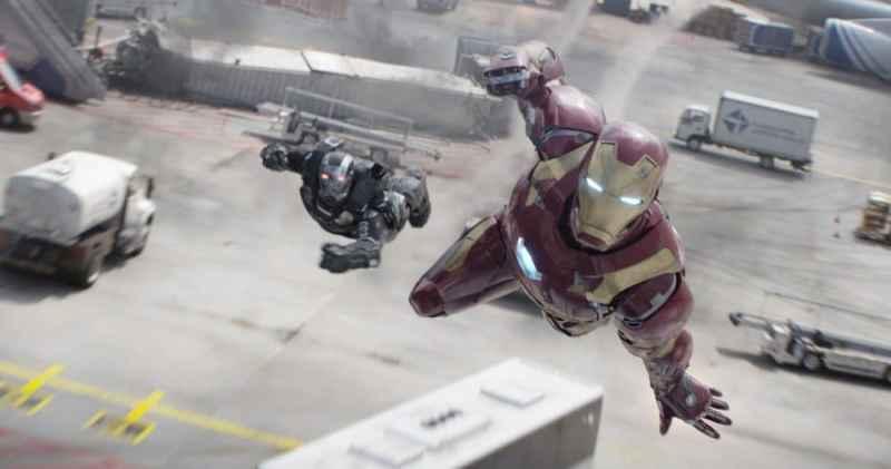 Marvel's Captain America: Civil War..L to R: War Machine/James Rhodes (Don Cheadle) and Iron Man/Tony Stark (Robert Downey Jr.)..Photo Credit: Film Frame..© Marvel 2016