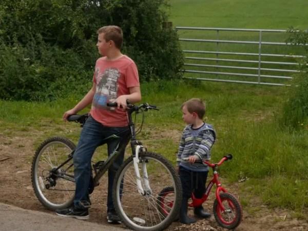 bike riding cousins