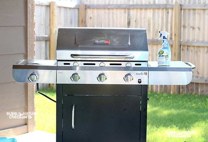 how to clean greaswe out of grill