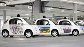 Los coches autónomos no son fabricados por Google, sino por una firma externa que también está en Detroit