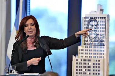 Cristina Kirchner el día de la estatización de YPF