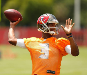 Jameis Winston's off season transformation has fans and teammates inspired.