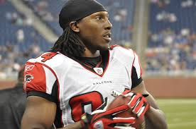 Should Tampa go after Roddy White?
