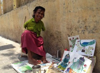 Meet Anjana Malik, girl who paints with her leg!