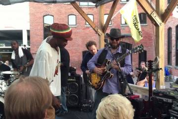 Duel Band Encore –  Live @ Larkin