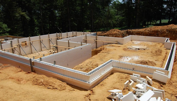 Icf foundation pros and cons for Concrete basement forms