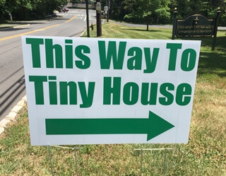 This way to tiny house