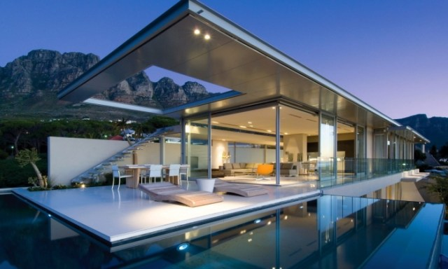 modern-house-design-700x451