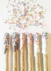 Para celebrar: Palitos de chocolate decorados