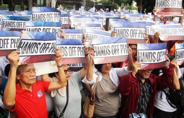 Independence Day | Protesters to US and China: 'Hands off PH'