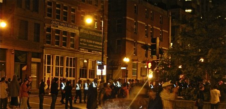 the police at Dewey Square early Tuesday morning. | photo by Hannah Morrison.